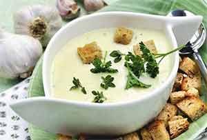 Сливочный чесночный суп