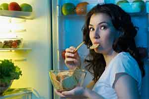 9 причин, почему все время хочется есть