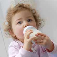 ребенок на искусственном вскармливании